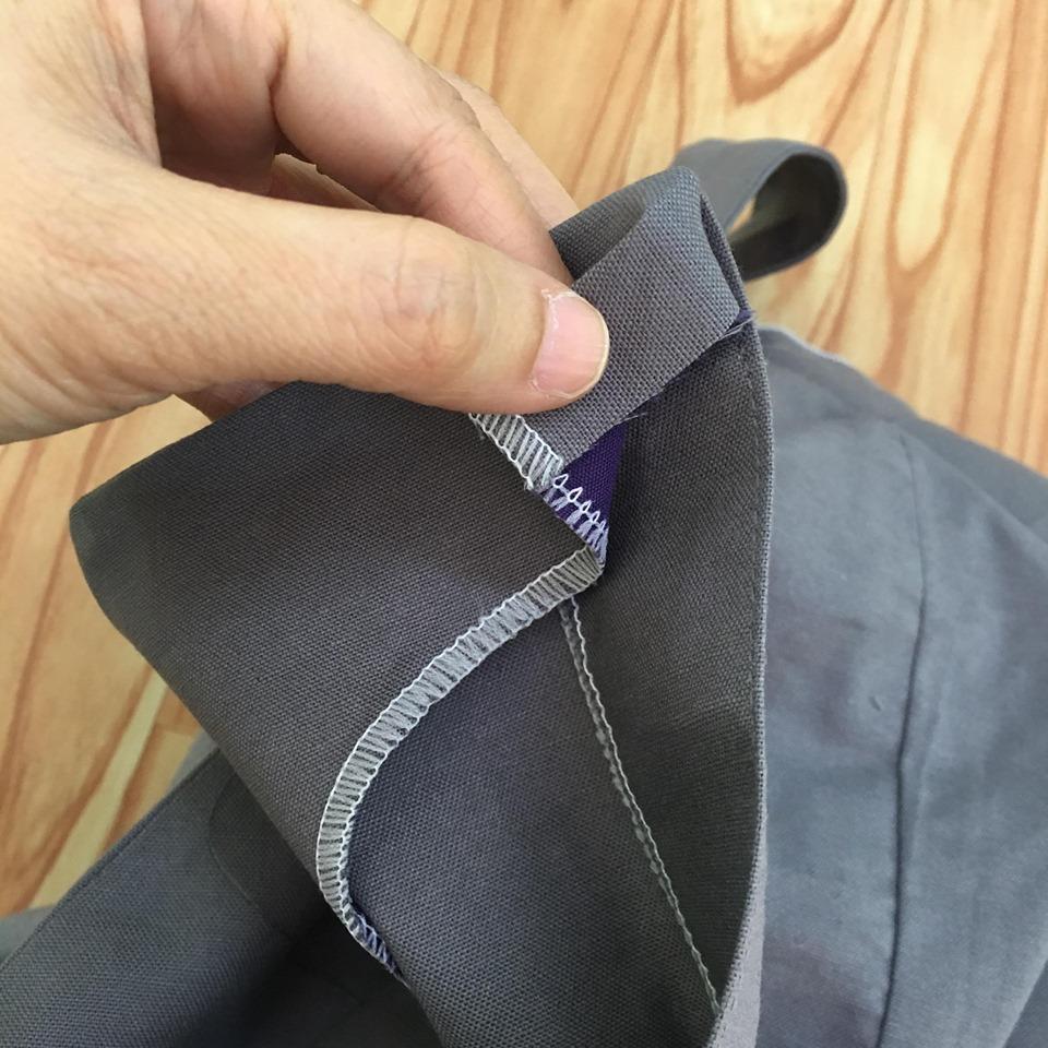 ตัดส่วนปลายสาบที่เหลือ ให้เหลือประมาณ1.5 cm พับเข้าไปด้านในตามภาพ